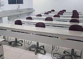 Mesa para laboratório de microscopia